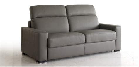 divani grigio divano pelle grigio scuro idee per il design della casa
