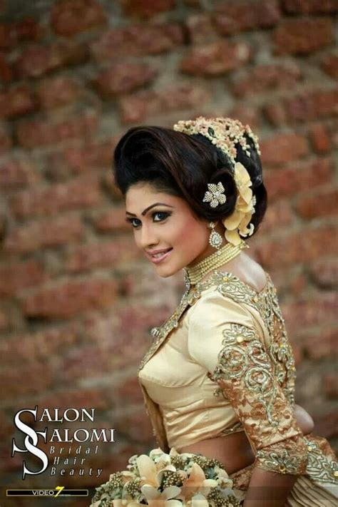 hairstyles for kandyan saree 31 best images about beautiful in saree on pinterest