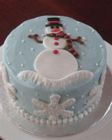 Xmas Decoration Ideas creative snowman cake designs