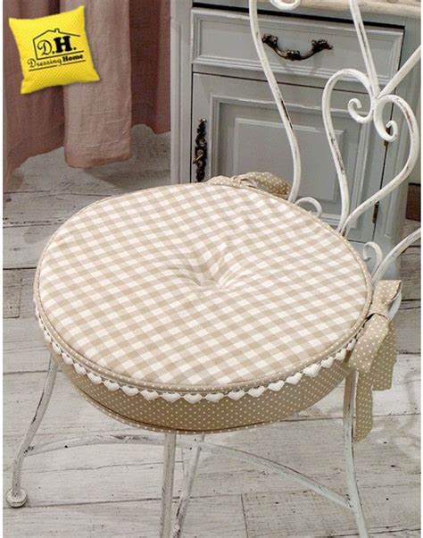 cuscini country chic 46 best cuscini per sedia shabby country chic images on