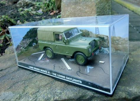 land rover truck james 007 james bond army land rover series iii 1 43 boxed car