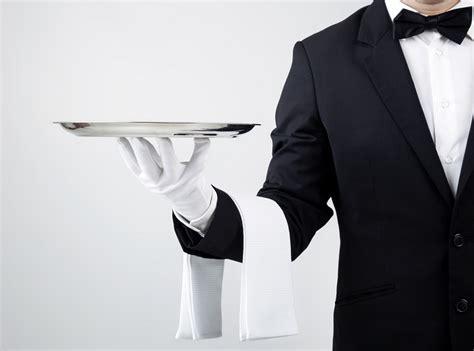 il cameriere perfetto cercasi cameriere per la stagione estiva corrente presso