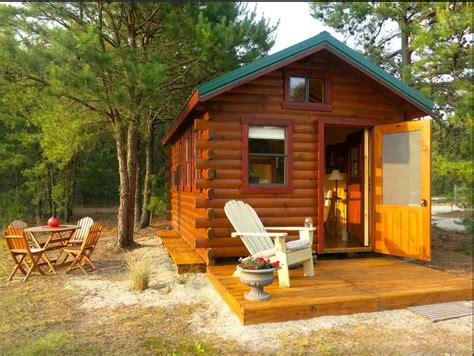 tiny cabin rentals 50 cute tiny houses in every single state architecture