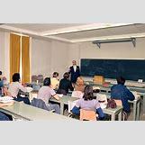 Reading Class   1950 x 1300 jpeg 241kB
