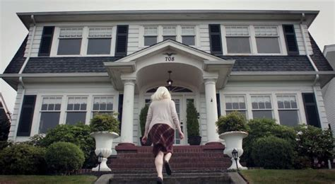 kickstarter to buy a house kickstarter caign to turn laura palmer s house into twin peaks museum