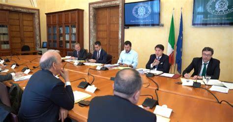 consiglio dei ministri italia consiglio dei ministri a reggio calabria ecco il racconto