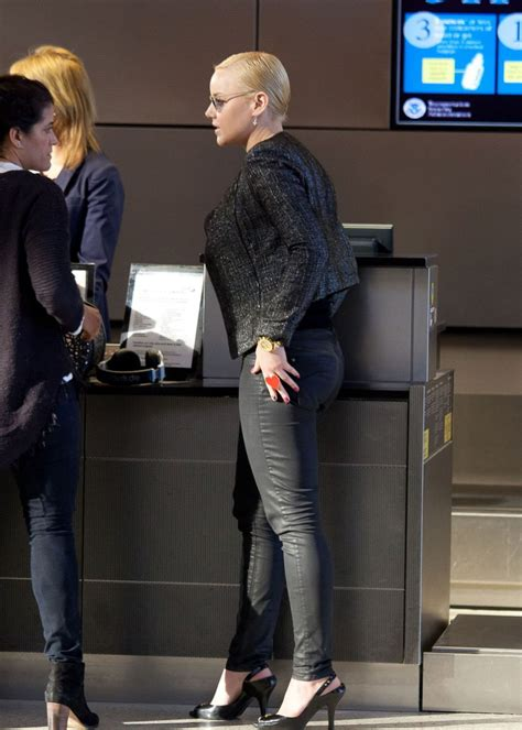 Natalie Dormer Married Abbie Cornish In Jeans Lax Airport In Los
