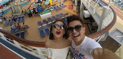 Lensa Cembung Selfie yuk intip liburan seru glenn alinskie dan chelsea