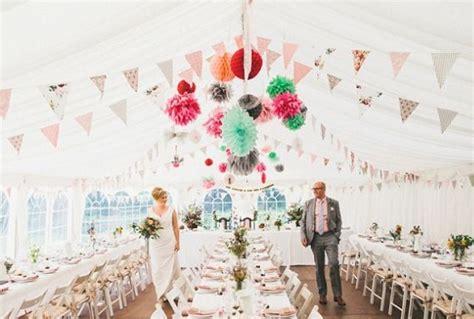 imagenes como decorar un baño decoracion de bodas con pompones de papel ideas y tendencias