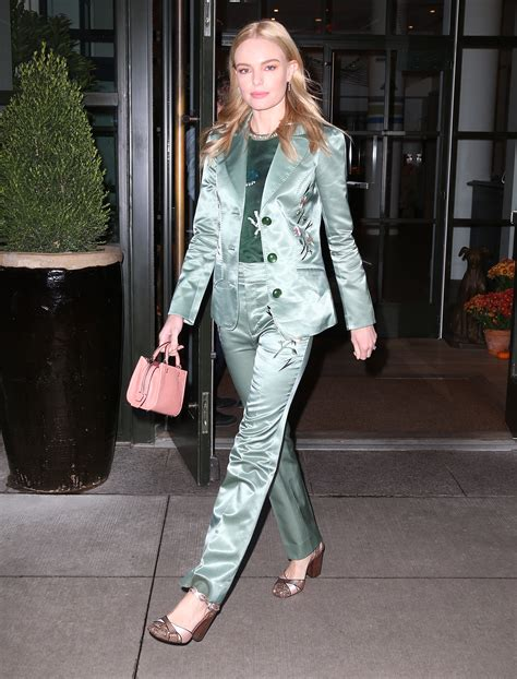 Kate Bosworth Named Spokesmodel For Coach Ss 08 by Check Out What The Are Wearing This Fall Season