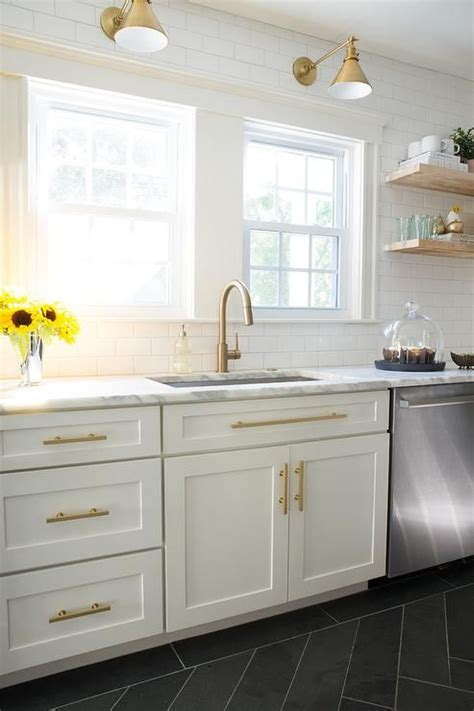 white cabinets with antique brass hardware best 25 brass hardware ideas only on kitchen