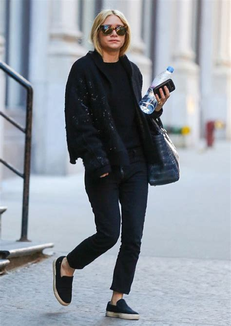 Draped Black Cardigan Olsens Anonymous Ashley Out In Nyc