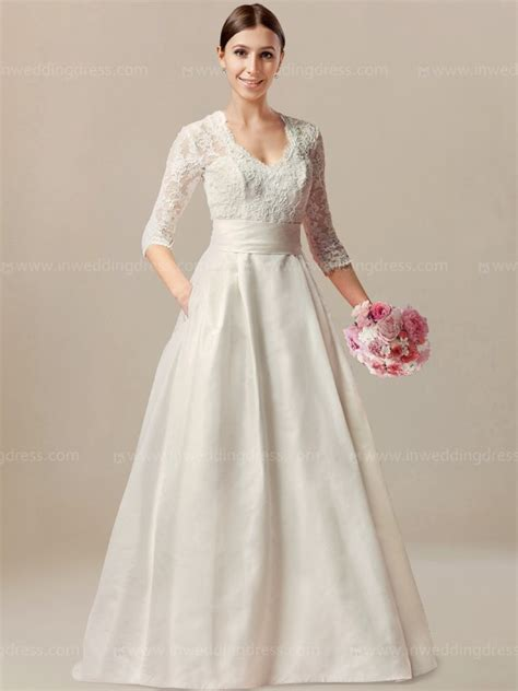 Retro Wedding Dresses Uk by Vintage Wedding Dress With Sleeves 163 215