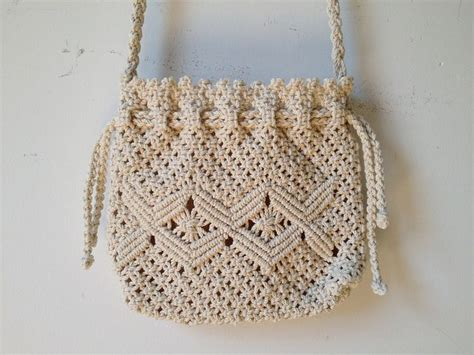 Macrame And Crochet - 25 best ideas about macrame bag on paracord