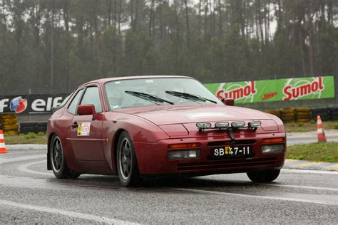 porsche 944 rally porsche 944 review and photos