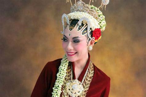 tutorial make up pengantin paes ageng make up pengantin jogja paes ageng by arum ndalu sanggar