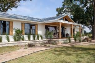 outstanding ranch style house designs raised ranch style house plans with basements ranch