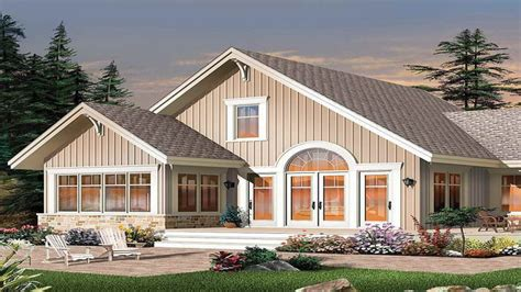 Small Bungalow Style House Plans by House Design Small Farm House Plans Farmhouse