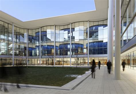 Yale Mba Sustainability by Yale School Of Management Foster Partners Archdaily