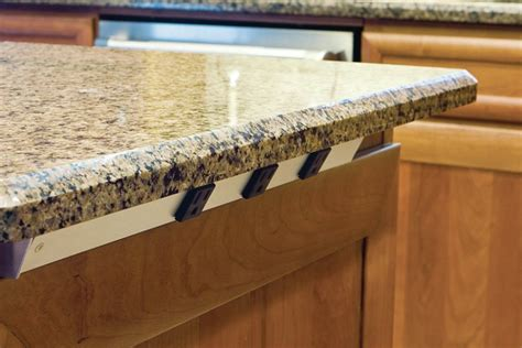 Power Blend: Creative Ways With Kitchen Island Outlets