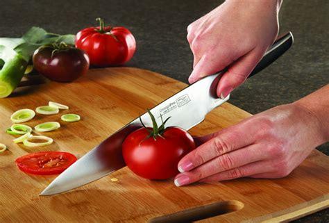 most important kitchen knife set for food preparation