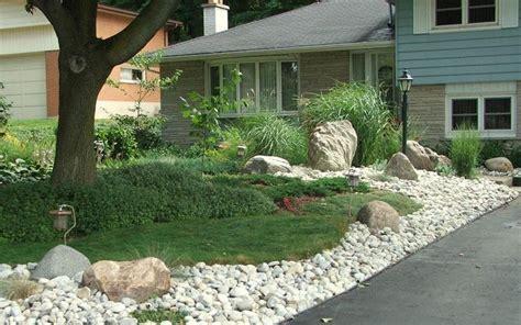 backyard grass alternatives 17 best images about front yard ideas on pinterest