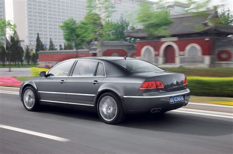 volkswagen phateon volkswagen phaeton reviews research new used models
