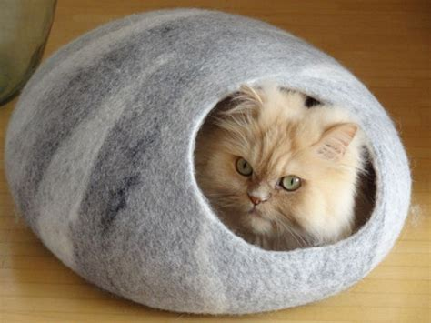 Handmade Cat Beds - more beautiful felted cat caves and beds from lithuania