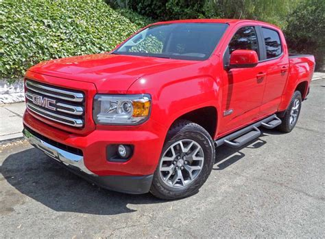 gmc canyon bed size 2015 gmc canyon 4wd crew cab short bed all terrain test