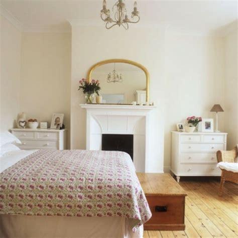 gardinen für schlafzimmer kamin dekor landhaus