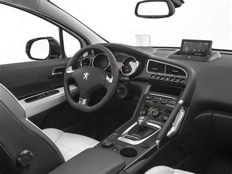 peugeot 3008 interior peugeot cars news 2014 3008 3008 hybrid4