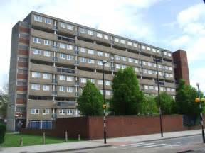 appartment manchester block of flats manchester road 169 malc mcdonald cc by sa 2 0 geograph britain and