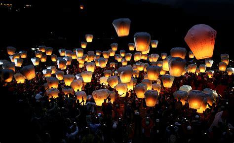 comprare lanterne volanti le lanterne nel cielo notturno di taiwan eventrip