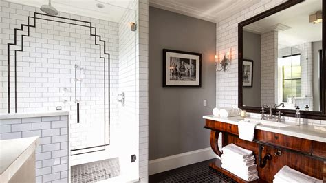 Graues Bad by David Dangerous Deco Bathroom