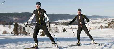 cross country ski styles cross country skiing skating style classic style