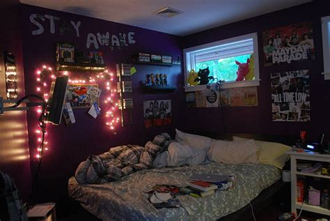 small bedroom ideas for teenage boys punk rock bedroom a rock girl ideias para decora 231 227 o de quarto