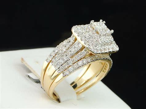 ladies  yellow gold princess diamond engagement ring halo wedding