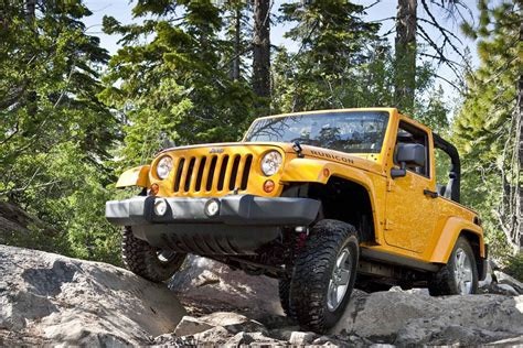 2012 Jeep Rubicon Mpg 2012 Jeep Wrangler Review Specs Pictures Price Mpg