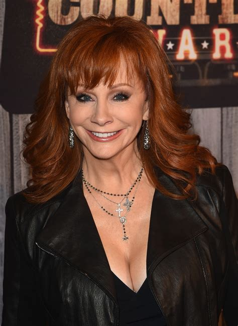 reba mcentire hairstyles 2014 reba mcentire shoes short hairstyle 2013