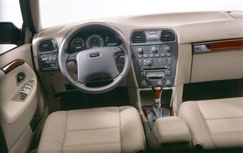 how cars run 2002 volvo s40 transmission control used 2002 volvo s40 for sale pricing features edmunds