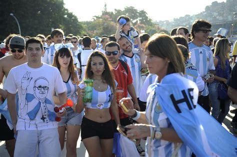imagenes de rockeros argentinos argentinos est 227 o confiantes na classifica 231 227 o mas acham