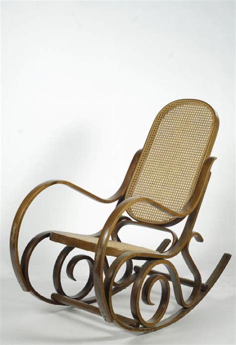 sedia a dondolo thonet sedia a dondolo thonet asta antiquariato galleria