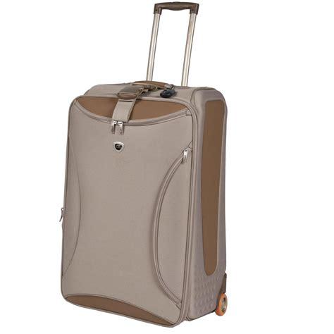 Set Hawa landor hawa 174 5 pc freefoam odyssey luggage set 110354 luggage at sportsman s guide