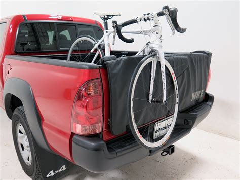 Thule Tailgate Bike Rack by Thule Gate Mate Tailgate Pad And Bike Rack For Compact