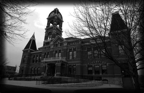 haunted houses cincinnati cincinnati haunted houses 2015 cincinnati hauntings