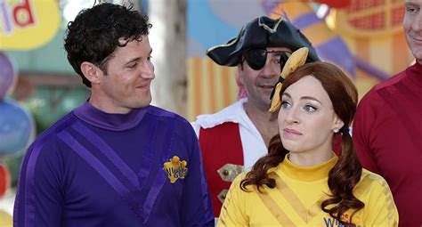 why the wiggles couple hid their relationship the wiggles lachy and emma s huge secret new idea magazine