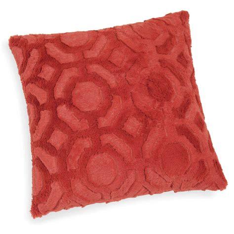 cuscino rosso cuscino rosso in simil pelliccia 45 x 45 cm percy