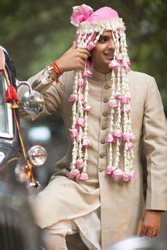 sehra head dress worn   groom ive    indian wedding dubai