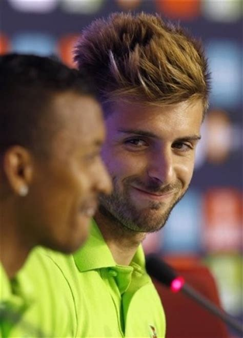 cool miguel veloso hairstyle football player 27 best miguel veloso images on pinterest football
