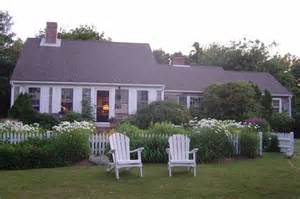 cottages in cape cod cape cod summer escape and a day dreaming